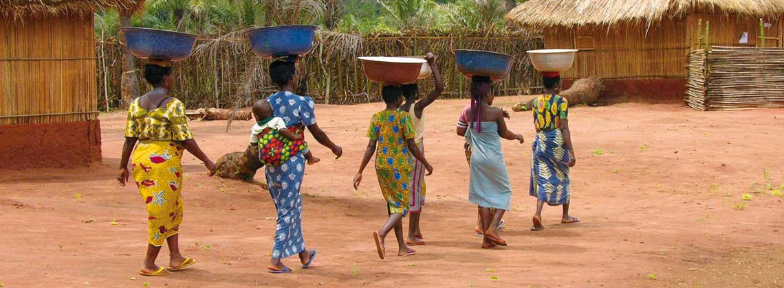 Femmes au village de Gnidjazoun au Bénin