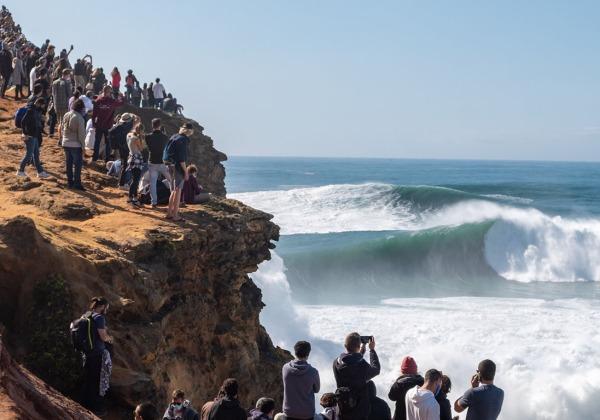 TDS Voyage - Tourisme équitable et solidaire - Portugal - Nazaré - Vagues