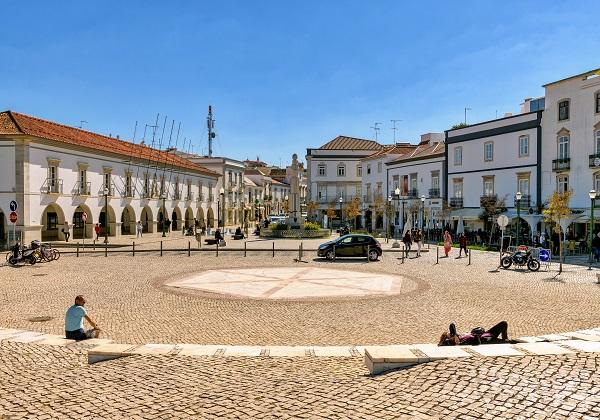 TDS Voyage - Tourisme équitable et solidaire - Portugal - Tavira - Place