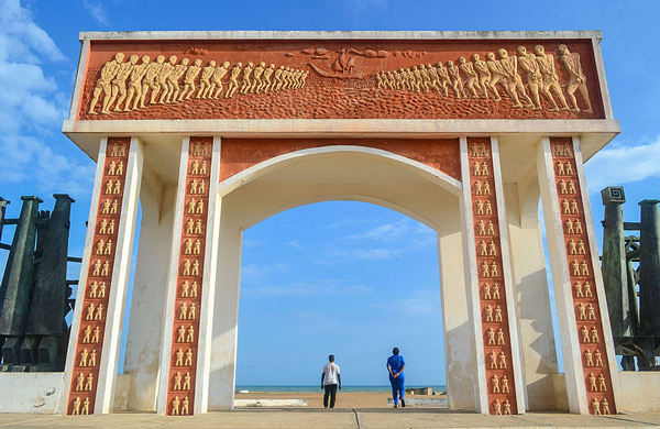 TDS Voyage - Door of no return Ouidah Benin